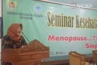 GOW Kota Kediri, Gelar Seminar Bertema Menoupause