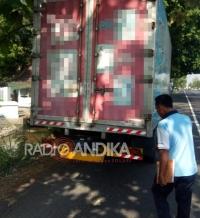 Kecelakaan Libatkan Tiga Kendaraan, Satu Korban Meninggal