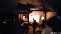 Kelenteng Tri Dharma Sumbernaga Terbakar Satu Hari Sebelum Waisak