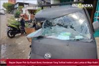 Diduga Mengantuk, Pengemudi Pick Up Tabrak Truk di Mojo Kediri