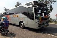Kecelakaan Beruntun Libatkan 2 Bus, 5 Penumpang Luka