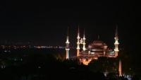 Perbanyak Ibadah, Ini Keutamaan Malam Lailatul Qadar
