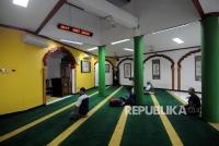 Yuk, Perhatikan Adab di Masjid